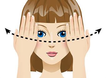 сквозь пальцы упражнение для глаз